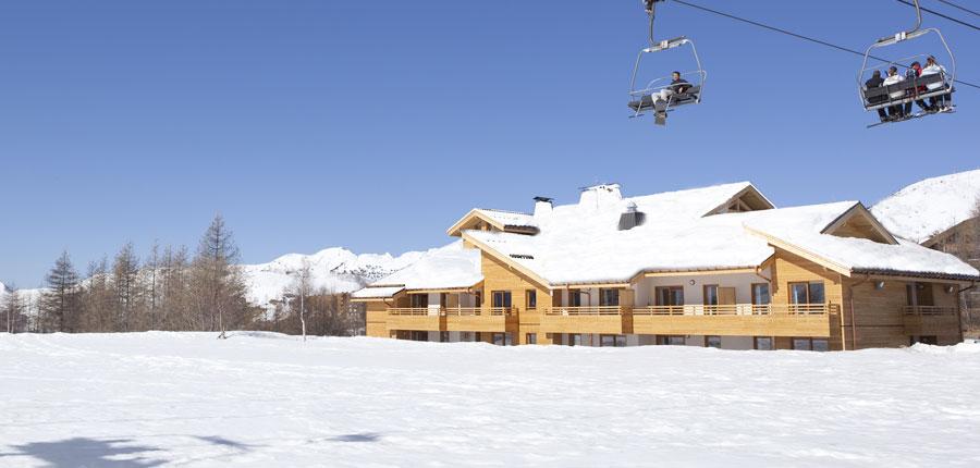 France_AlpedHuez_Hotel_Alpenrose_exterior.jpg